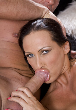 Red tube milf suck