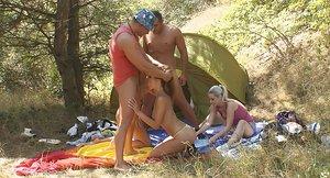 Outdoor groupsex